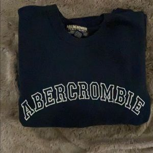 EUC Men's Abercrombie Embroidered Logo sweatshirt